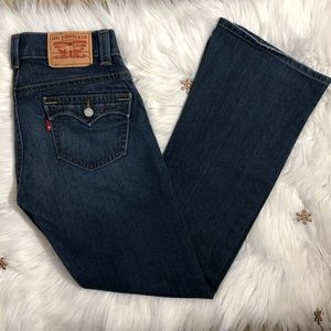 Levi's 542 Flare Jeans